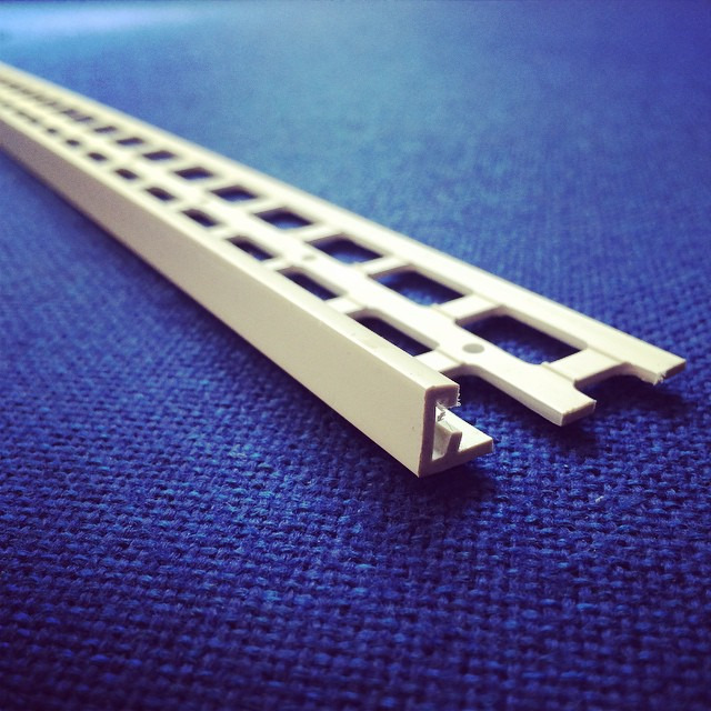10mm white upvc stop bead 2 5m pack of 25 upvc